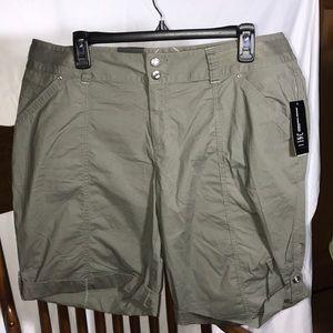 🔥Hot Buy! INC Int'l Concepts Woman Olive Shorts